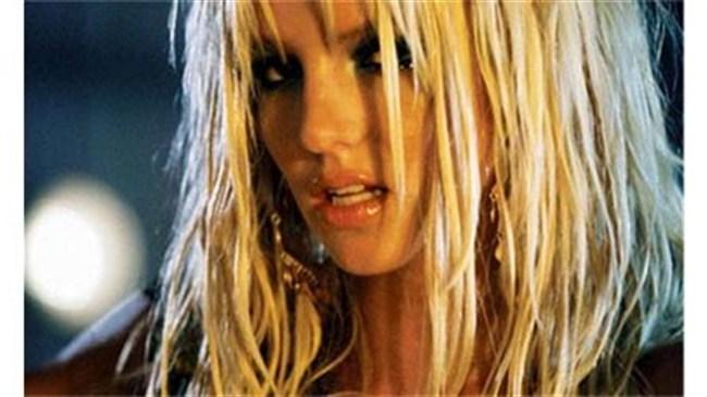 Britney'e işkence etmek ister misiniz?